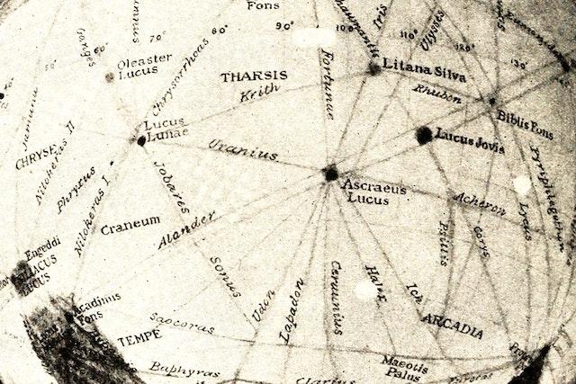 Alien Aqueducts: The Maps of Martian Canals
