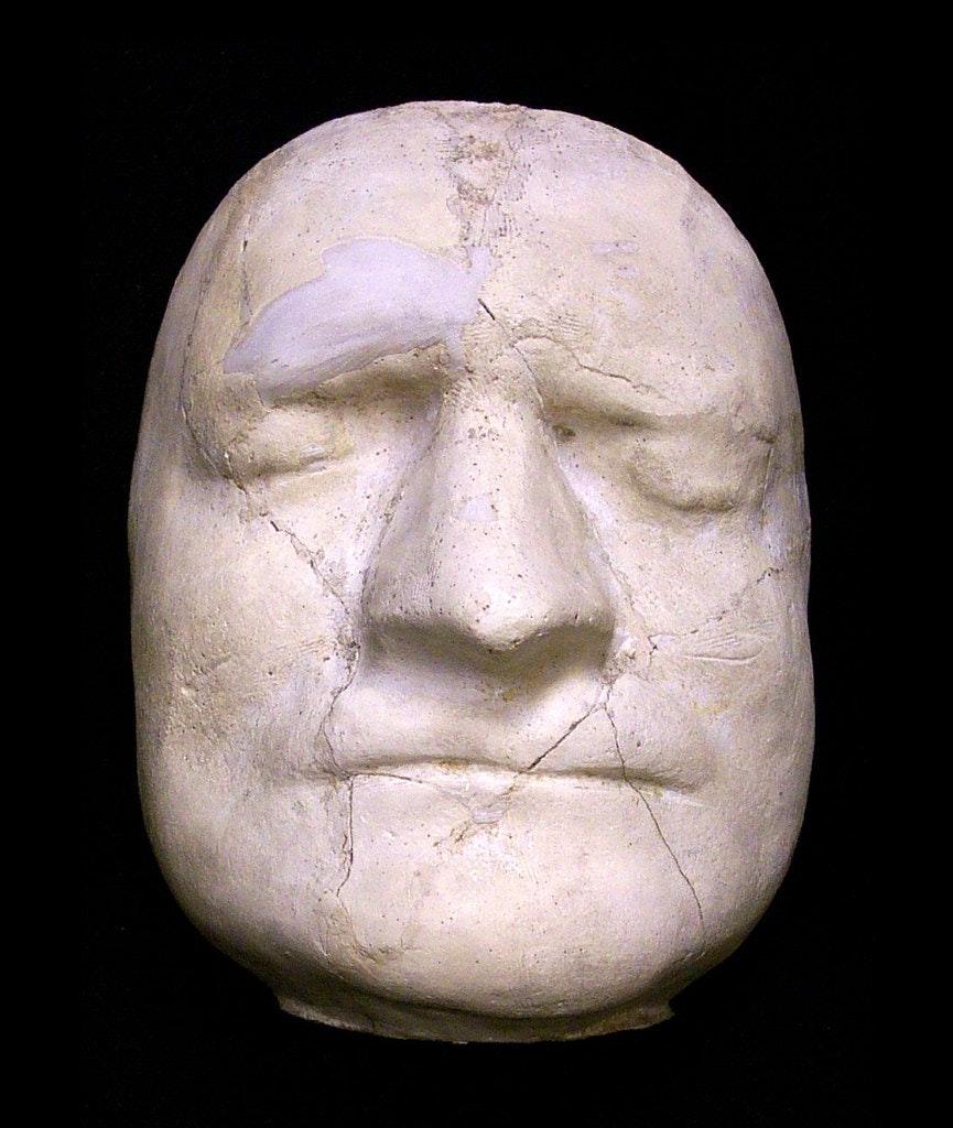 Newton death mask