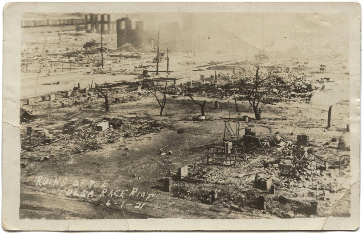 tulsa massacre, Wide view of ruined neighborhood