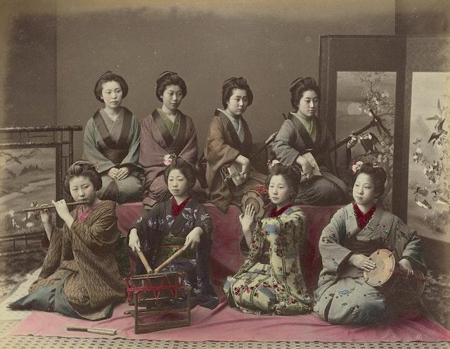 Playing Samisen, Tsudzumi, Fuye and Taiko